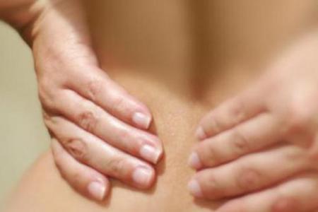 Женщина: боли в пояснице на ранних сроках беременности