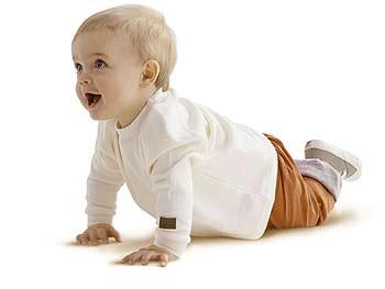 Интеллектуальное и эмоциональное развитие ребенка шести месяцев