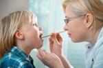 Ребенок у врача: аденоиды
