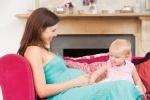 беременная с маленьким ребенком