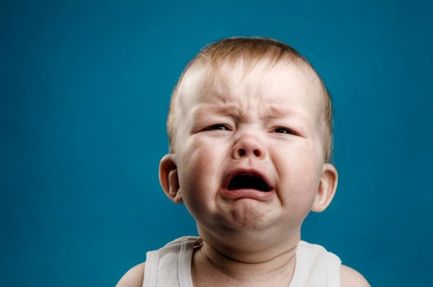 кандидоз у плачущего ребенка