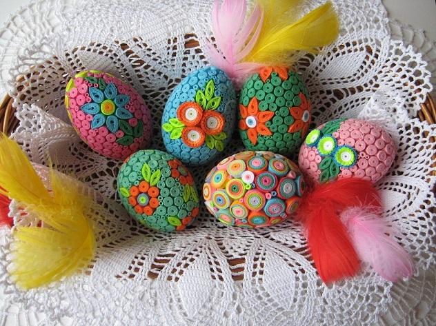 украшение яиц гофрированной бумагой