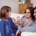 Как научить ребенка не перебивать