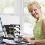 современные профессии, которые может освоить женщина после 50