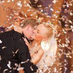 знаменитости, которые сделали из свадьбы шоу