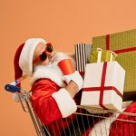 Как сэкономить на новогодних подарках