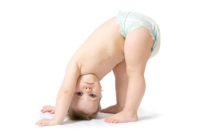 Мальчик в подгузнике: вредны ли памперсы